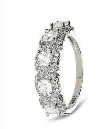 טבעת ריבועים משובצת