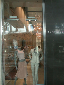 JENNI BUTTON CANALWALK