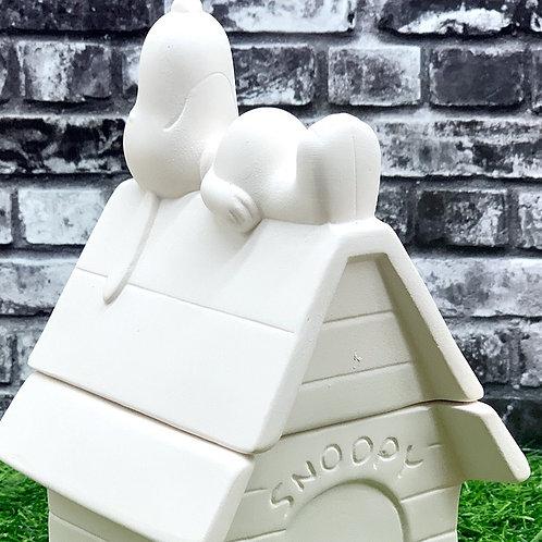 Snoopy Doghouse Box