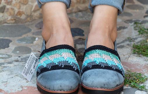 Calzado dama en cuero y tejido crochet MAITE AT7