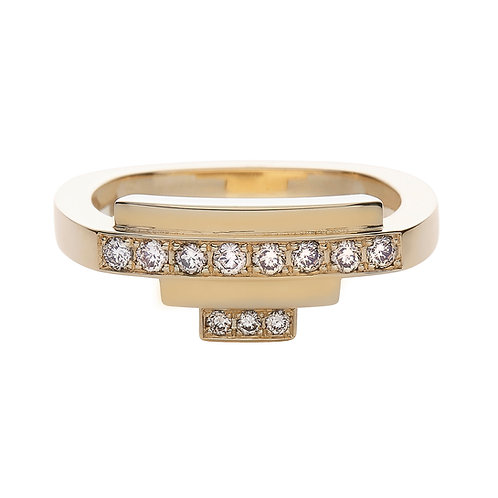18k yellow gold square ring set with ct champagne-color diamonds, front view