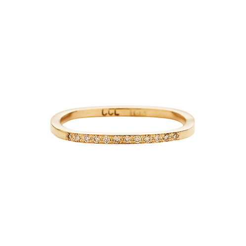 18k yellow gold square ring set with 0.06 ct champagne-color diamonds, front view