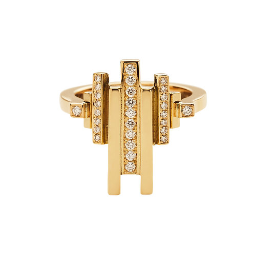 18k yellow gold ring with 0.26 ct diamonds and u-shaped ring shank, front view