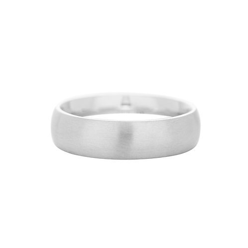 18k white gold, oval, 6mm wide ring band, front view