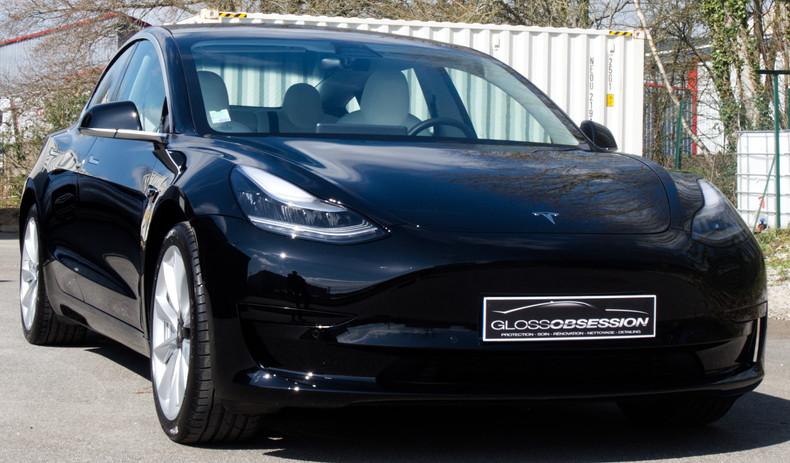 Tesla model 3 protégez par un film de protection PPF