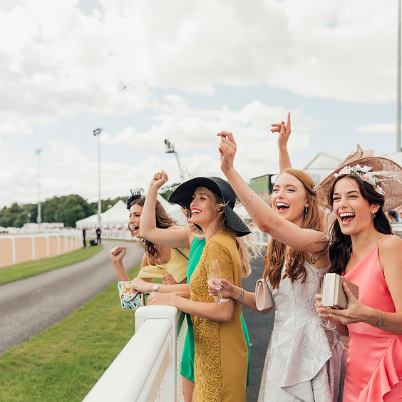 Girls Day at the Races!