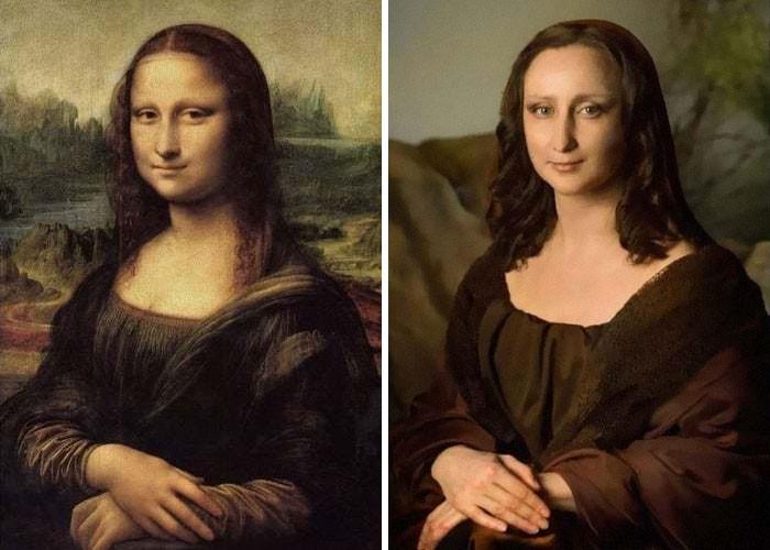 do lado esquerdo a famosa pintura de Leonardo Da Vinci, A Monalisa; do lado direito um retrato de uma mulher em uma foto que imita a pintura. Com maquiagem, figurino, boa iluminação e uma interpretação com gestual e expressão muito próximos da original, a mulher conseguiu um resultado bastante convincente de sua própria versão da Monalisa.
