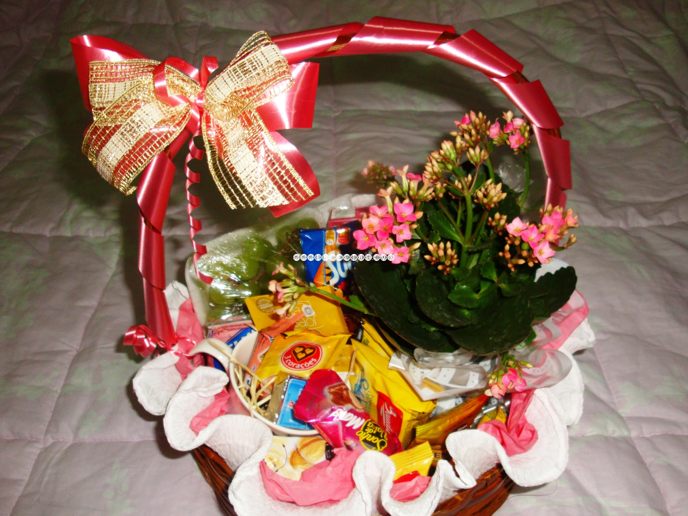 Chocolates + Vaso de flor R$ 149