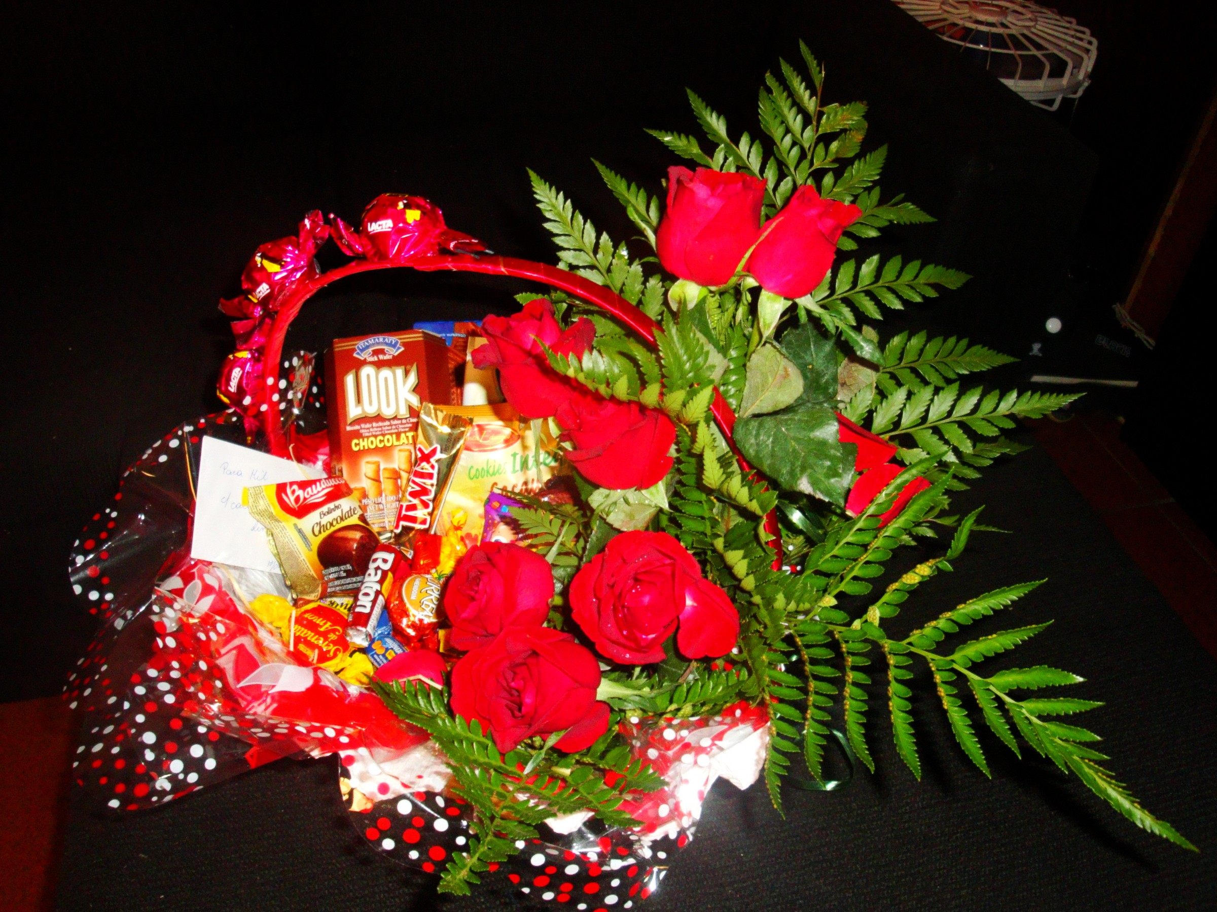 Erótico + choc e rosas R$ 250