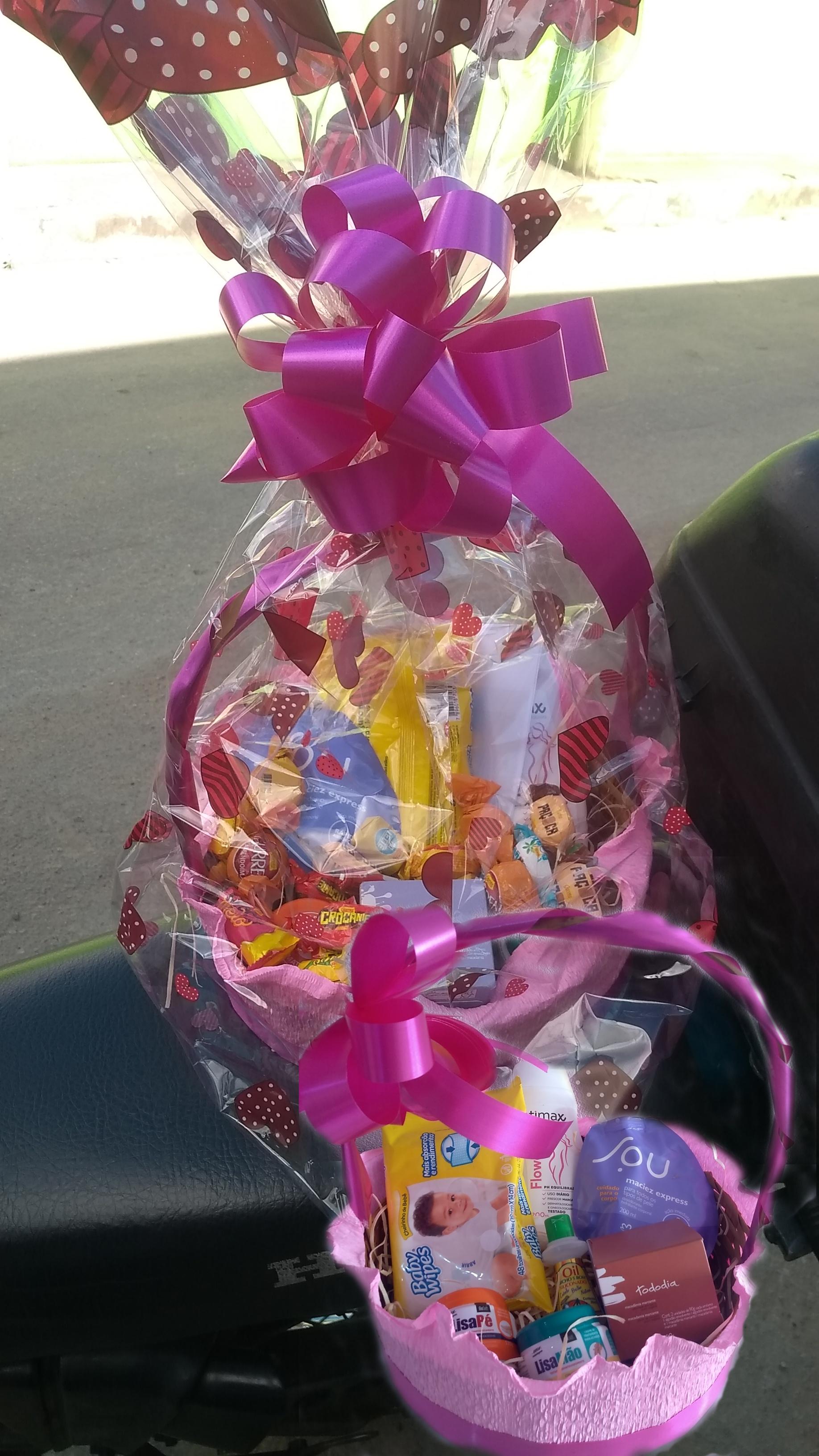 Cosméticos e Chocolates R$ 160