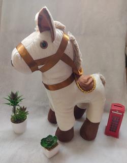 Pelúcia cavalinho 50 cm R$ 130