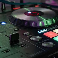 DJ3.jpg