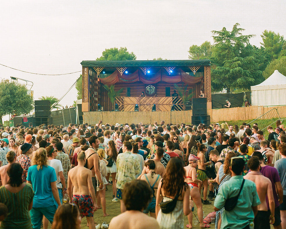 Fort Punta Christo Hunee on the beach stage At Dimensions & Outlook Festival. Events, Festival Pula, Croatia, Music Photography. Photo taken by Rob Jones @hirobjones