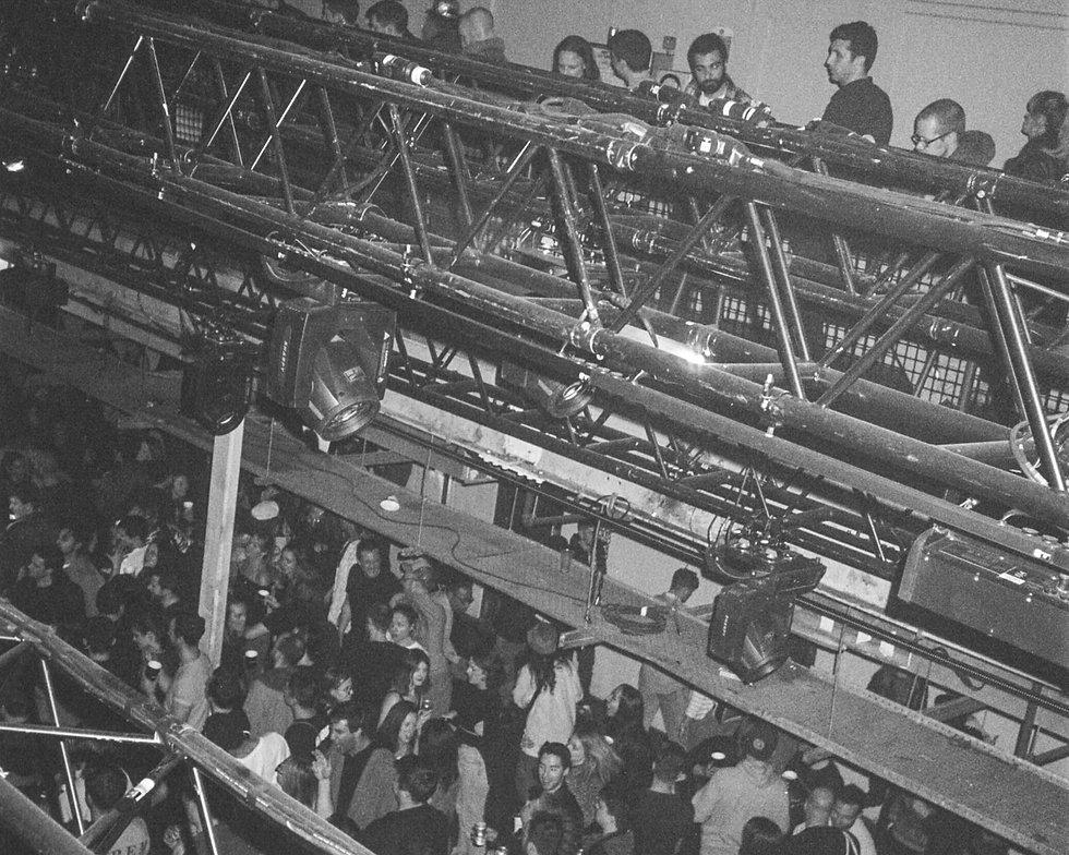 Printworks London Press Halls crowd on the balconies and dance-floor. Photo taken by Rob Jones @hirobjones
