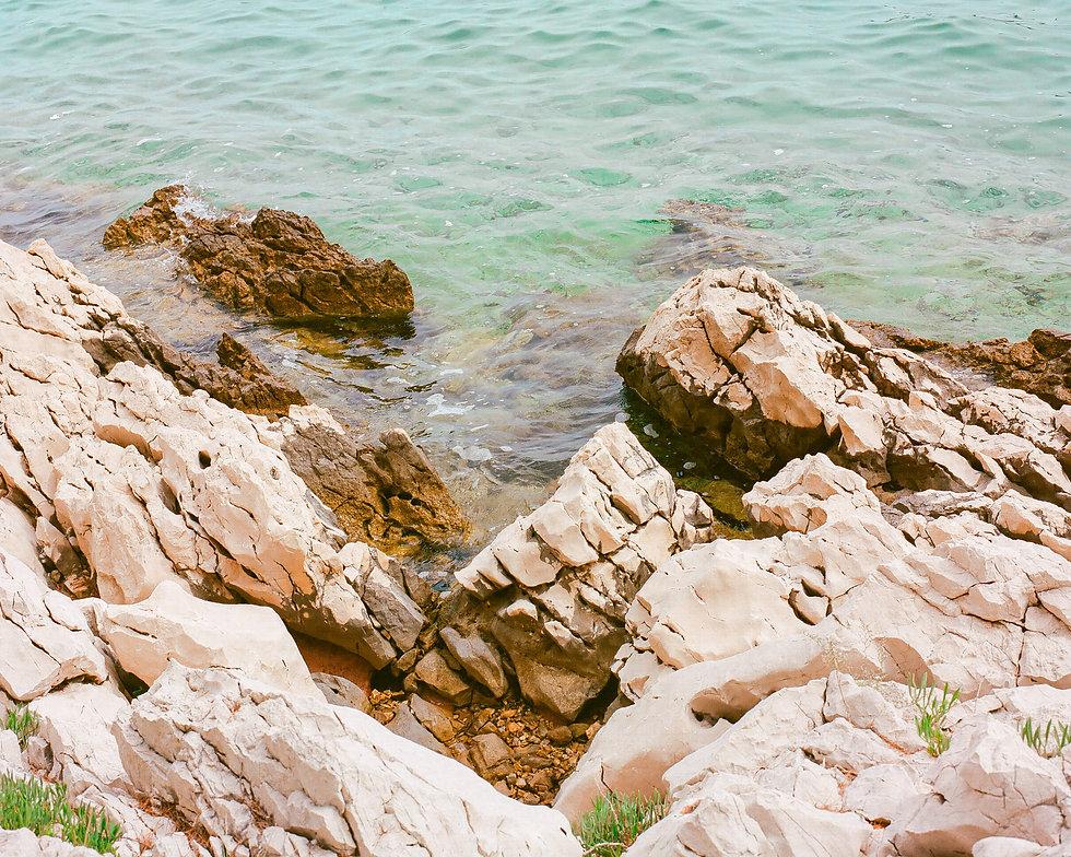 The adriatic shoreline At Love International Festival. Events, Festival Tisno, Music Photography. Photo taken by Rob Jones @hirobjones