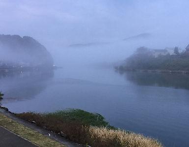 霧の瀬田川
