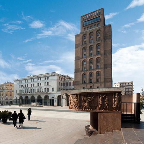 piazza Vittoria-9406.jpg