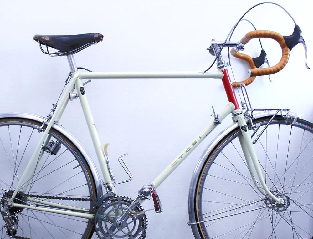 Toeisha handbuilt Japanese touring bike frame