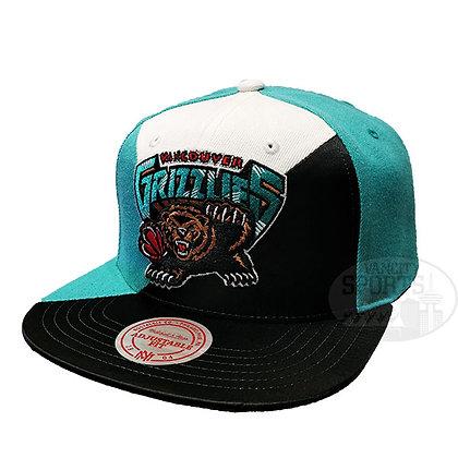 Men's Vancouver Grizzlies Quadriga Mitchell & Ness Teal Snapback Hat