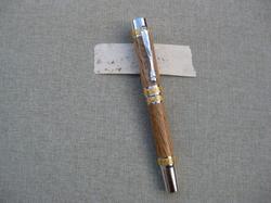 Fountain Pen (larger)