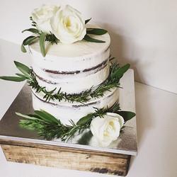 Winter Wedding Cake