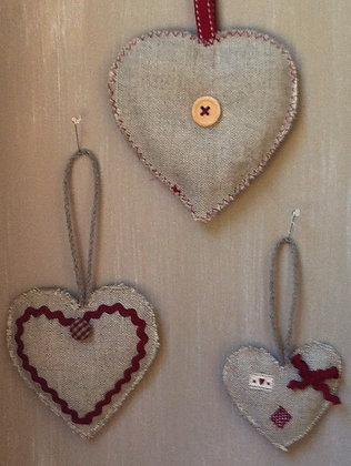 3 petits coeurs