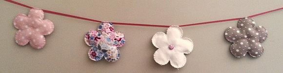 Guirlande petites fleurs liberty