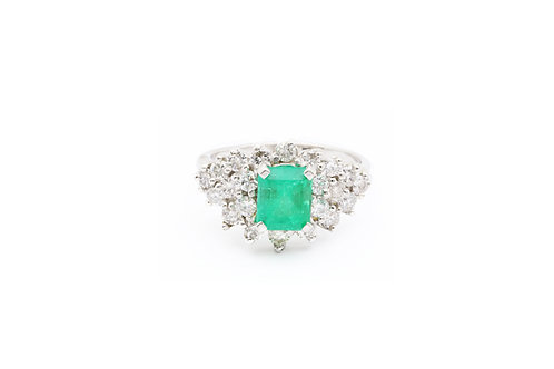Emerald Vintage Cocktail Ring