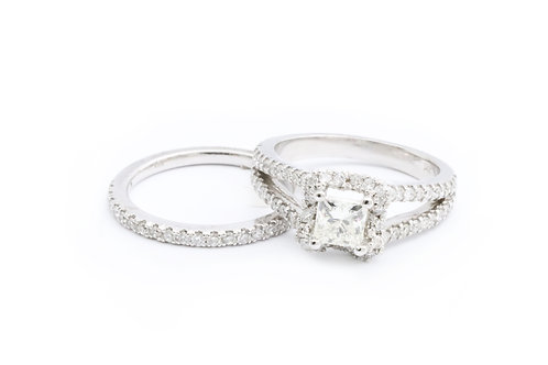 0.80ct Princess Cut Split-Shank Halo Bridal Set