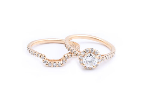 Round Halo Bridal Set with Curved Band
