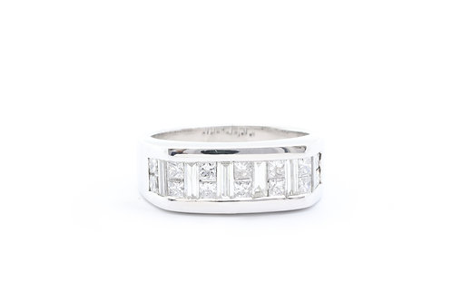 2.50ct Alternating Baguette & Princess-Cut Diamond Band