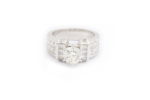 1.30ct Round Invisible Engagement Ring