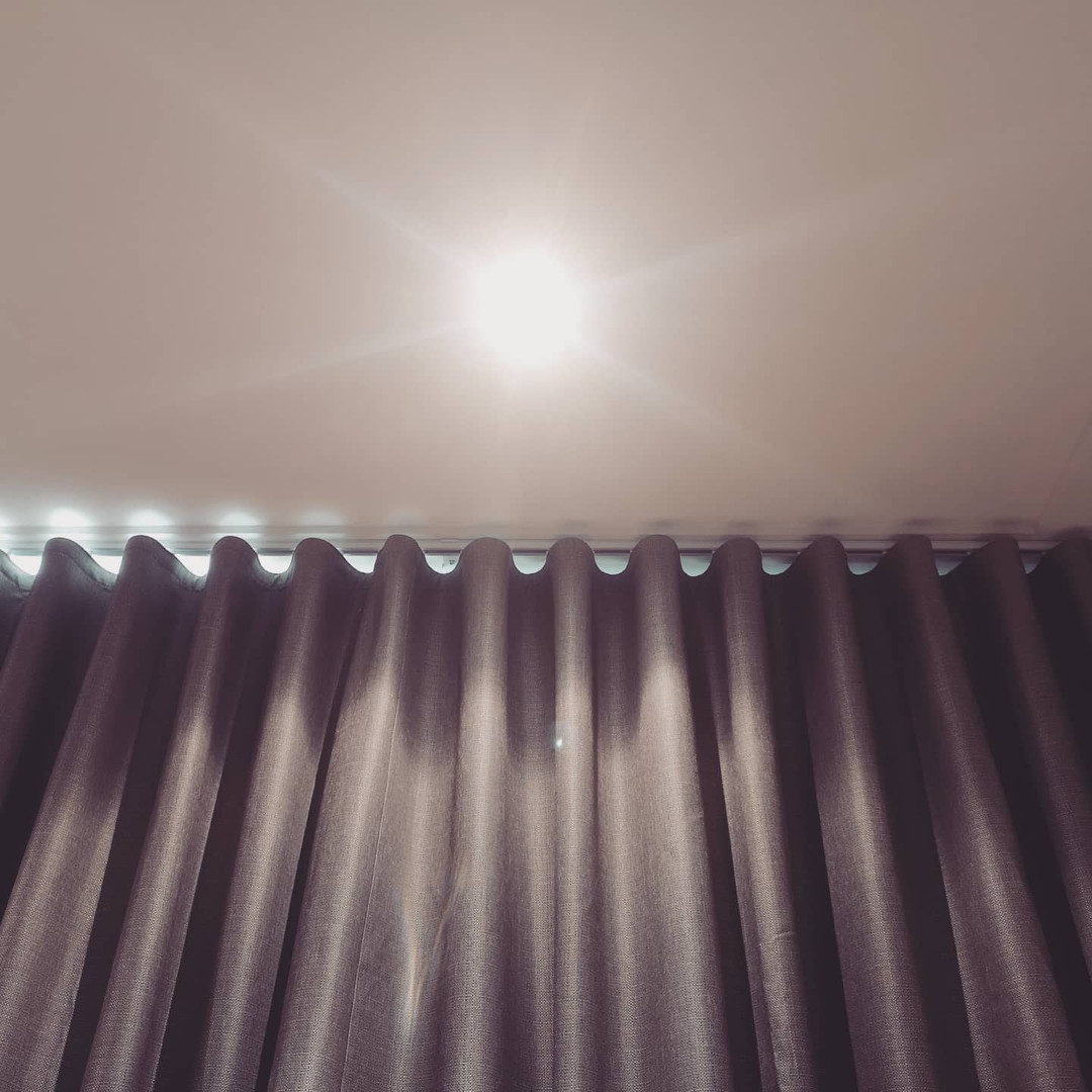 Room darkening S-Fold curtains