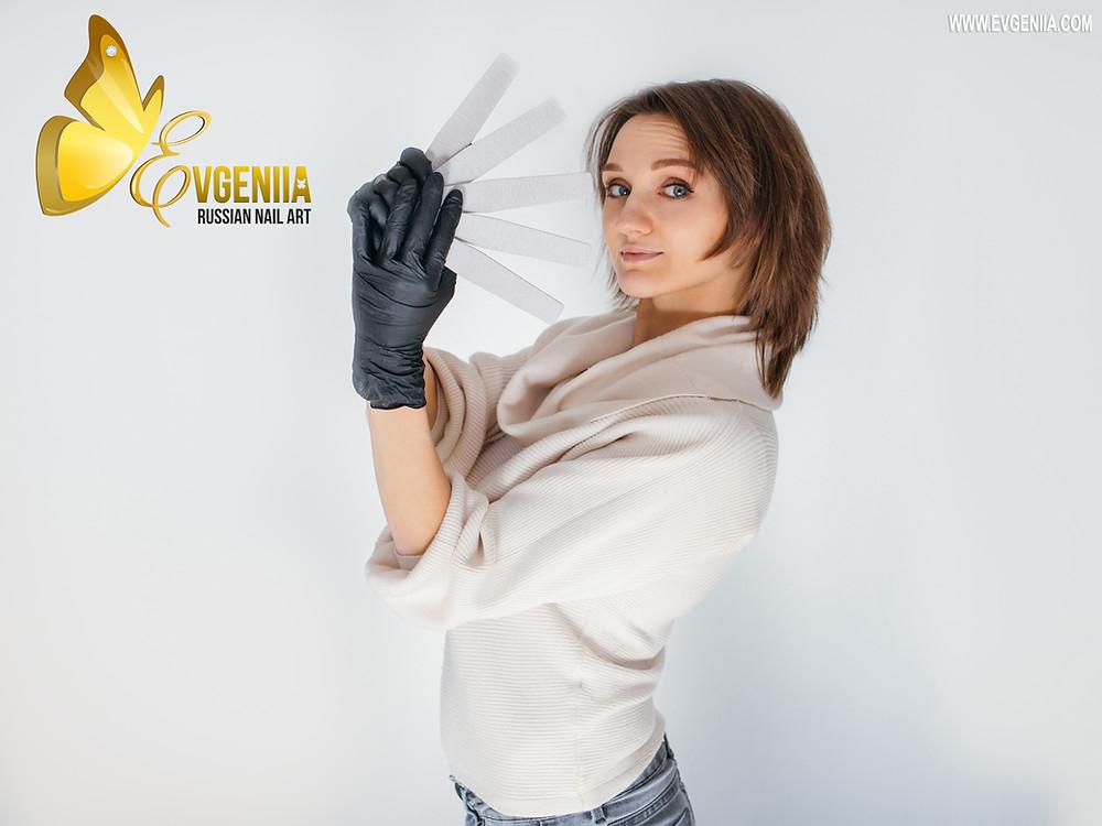 Evgeniia russian nail art manucure russe prothésiste ongulaire ongles nails manucure beauté mains pieds vernis semi-permanent