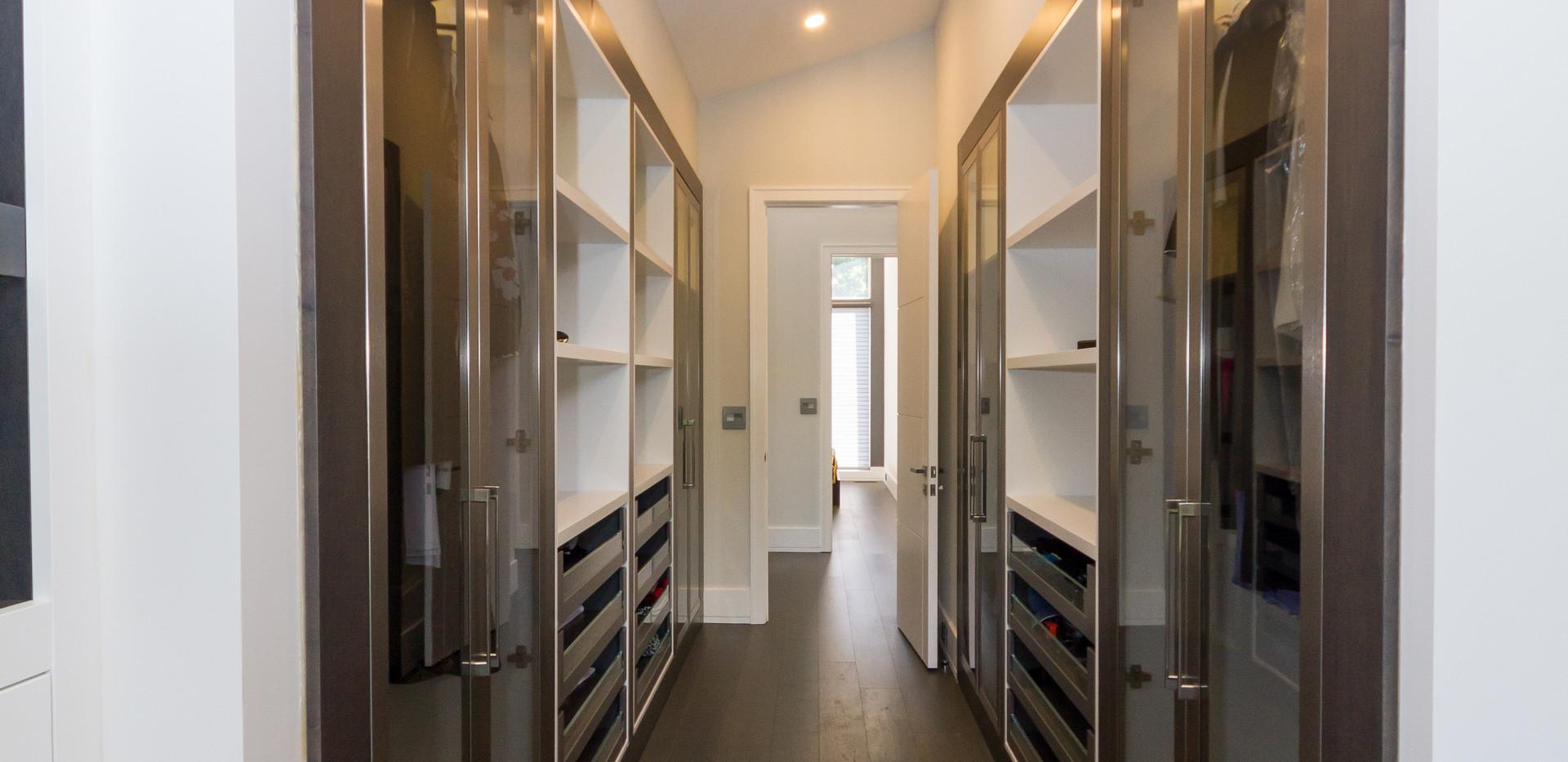 Custom Modern Large Closet