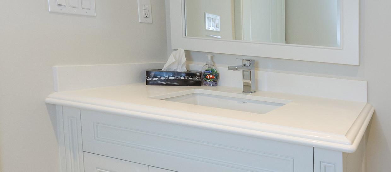 Small White Sink Vanity