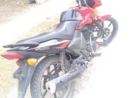 Policías Municipales recuperan motocicleta con reporte de robo