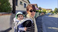 Hélène avec Anaïs, Moea
