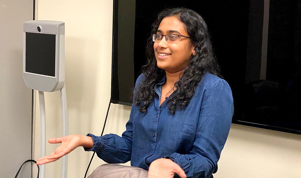 Sugandha Sangal, Product Manager at Waymo, explains to students all the considerations when developing a self-driving car