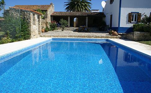 Zwembad Zonneterras Quinta Charlotte.jpg