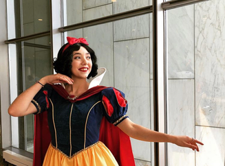 @ClownCosplay as Snow White