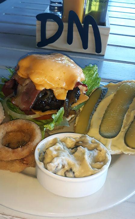Delicious Cheese Burger