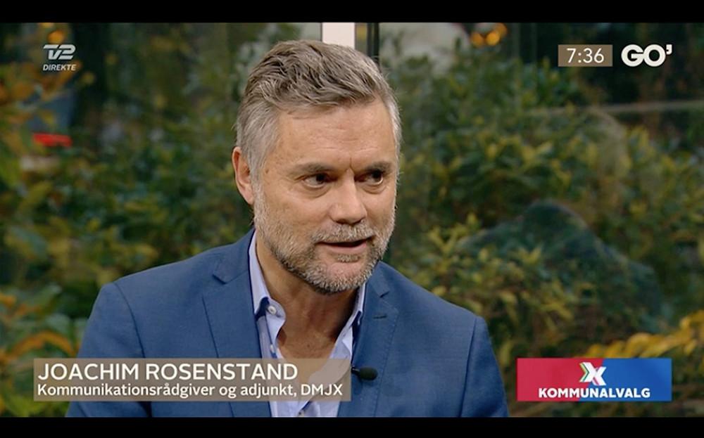 Der er kommunalvalg og politikerne kæmper om opmærksomheden. Derfor blev vi inviteret ind til TV2 GO' Morgen Danmark og anmelde udvalgte valgplakater.