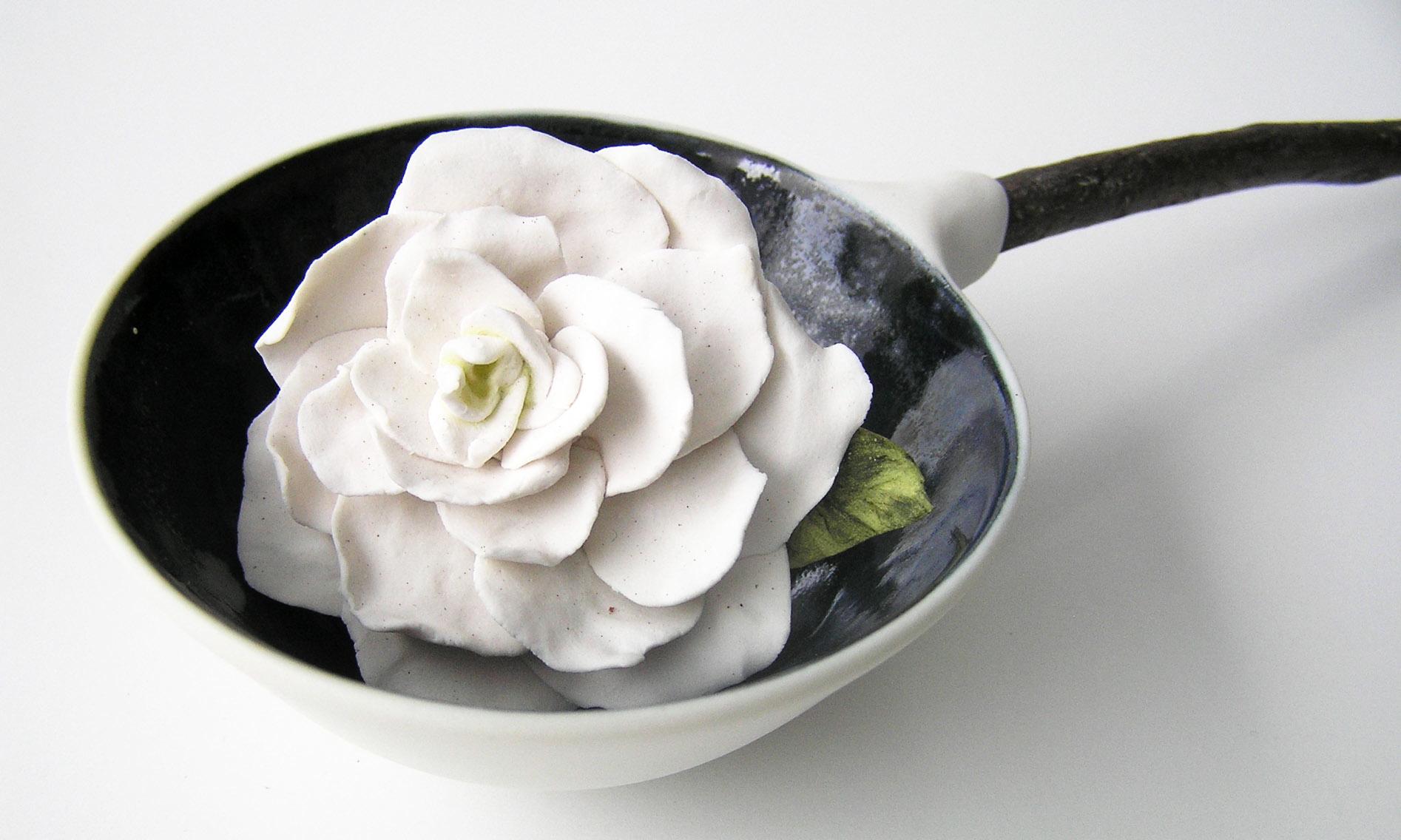 Gardenia spoon_detail.