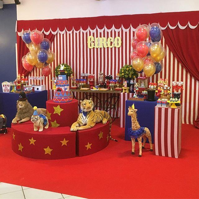 Miguel completando 01 aninho com o tema lindo do circo !!! _brunatillifestas _alinebaloes _liacabrin