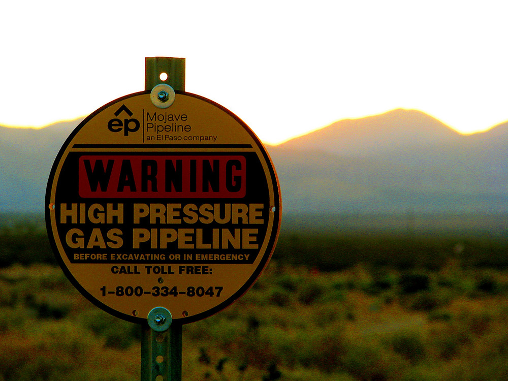gas line sign