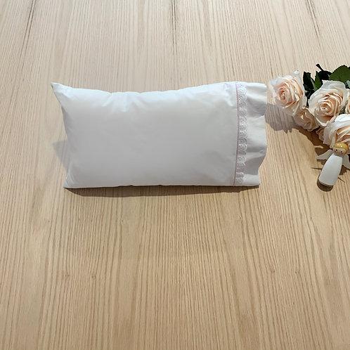 Funda para cuna bebe 35cmtrs * 25cmtrs, encaje, embone y randa en algodón.