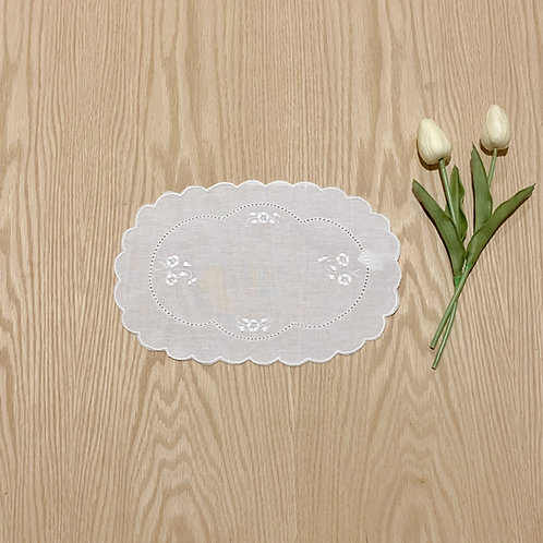 Carpeta ovalada en lino de 18,5cmtrs * 28cmtrs