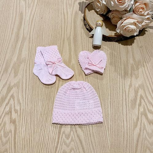 Juego *3 Piezas para bebe. Gorro, Miton, media. Color rosado