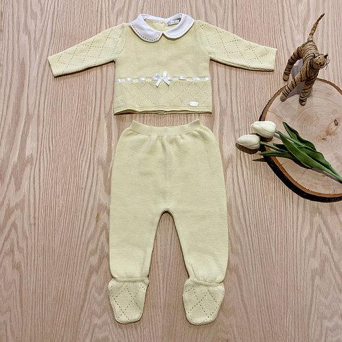 Conjunto *2 Piezas para bebe color Amarillo, manga larga y pies completos